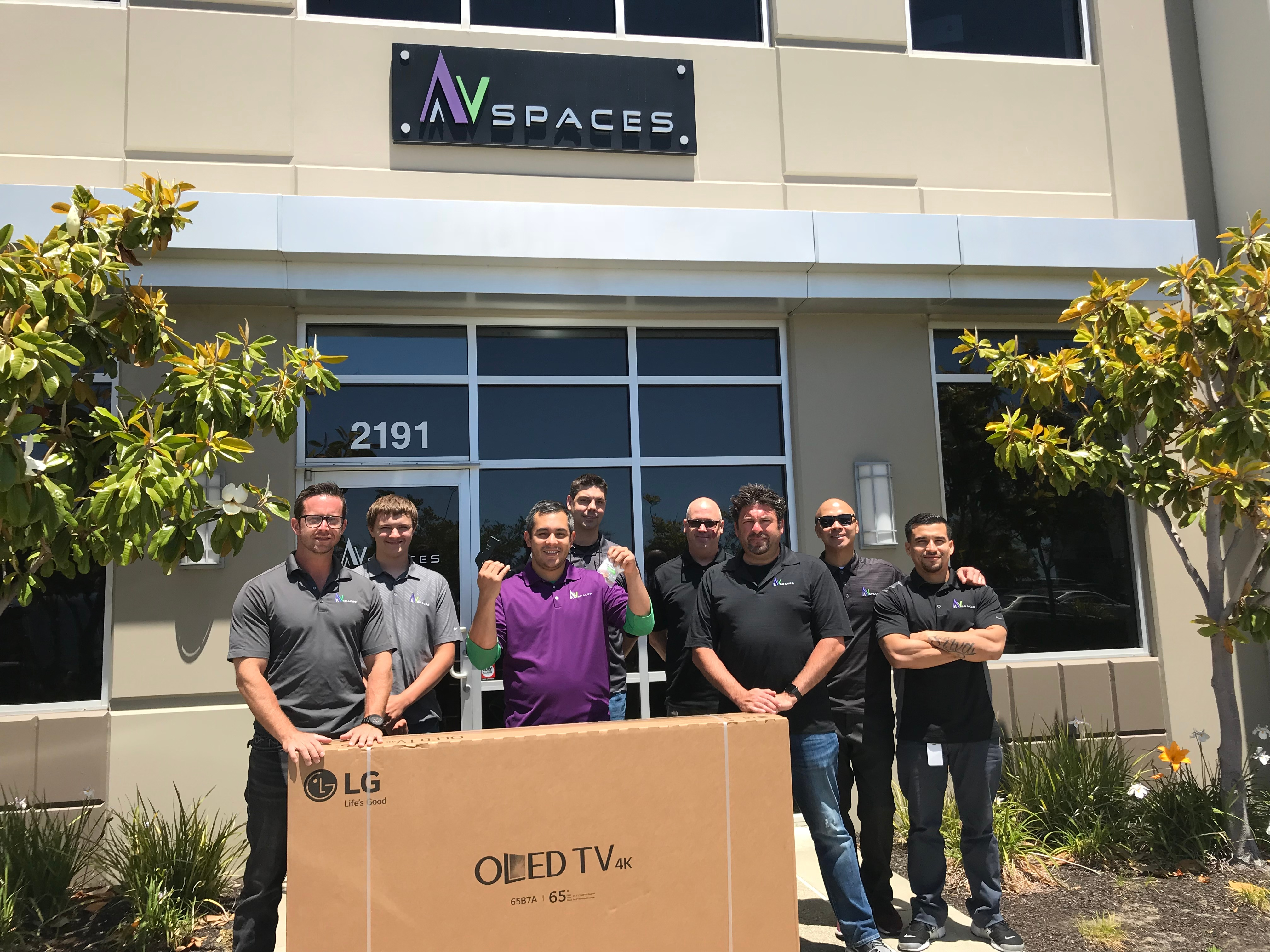 An OLED TV Goes hom to Vic Lomeli of AV Spaces