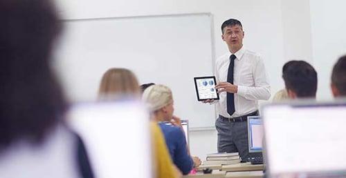 classroom AV provides tech savvy learning environments